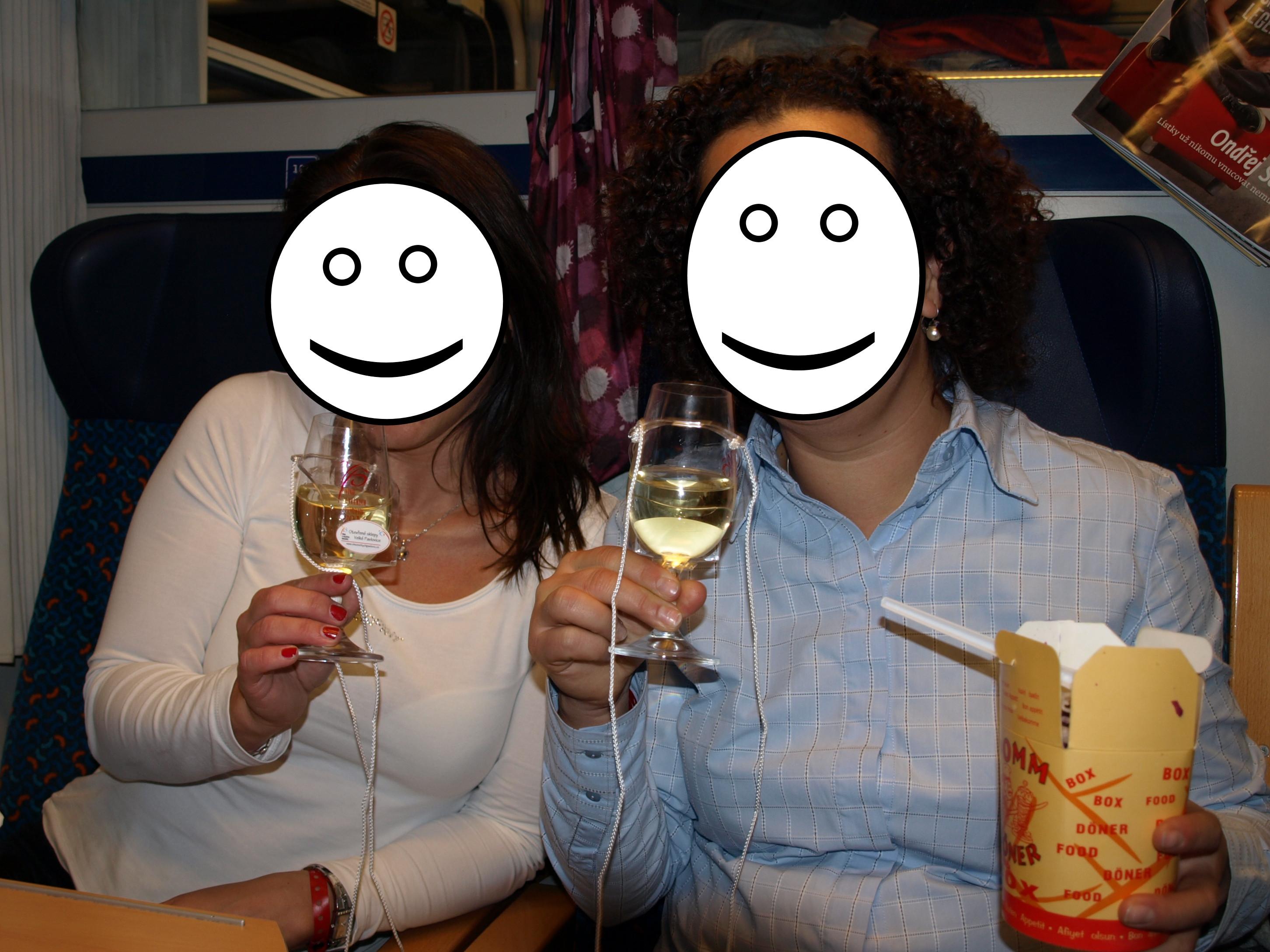 Vlak je báječný na cesty s přáteli